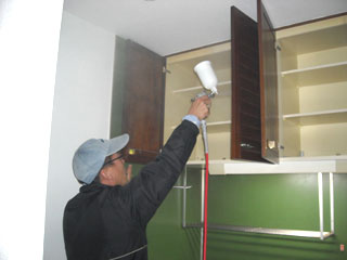 キッチンや吊戸への塗布