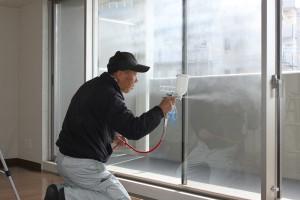 窓ガラスへのセルフィール施工